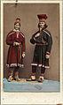 Dräktdockor. En kvinna och en man i samiska dräkter - Nordiska Museet - NMA.0056881.jpg