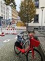Drei Leihräder in der Berlin Dorotheenstraße .jpeg