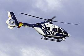 EC-KOB EC 135 Policía VGO.jpg