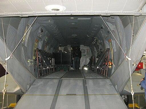 EH101 interno