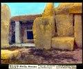 ETH-BIB-Malta, Mnaidra, Eingangs-Durchsicht mit Zeichnungen-Dia 247-04552.tif
