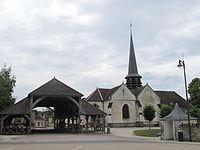 Eglise & halle de Lesmont.jpg