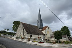 Eglise Saint-Laurent de Festigny.JPG
