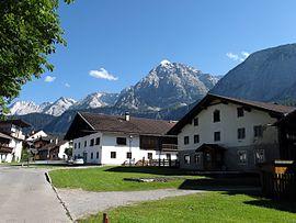 Ehrwald reisef hrer auf wikivoyage for Modernes tirolerhaus