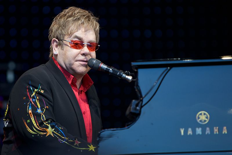 File:Elton John in Norway 1.jpg