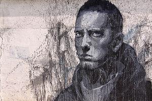 Grote graffiti afbeelding van Een Ernstig uitziende Eminem