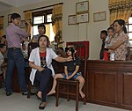 Eye screening for kindergarten children in Quoc Oai district of Hanoi (14307577691).jpg