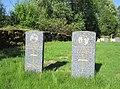 Fåberg kirke - war graves.jpg