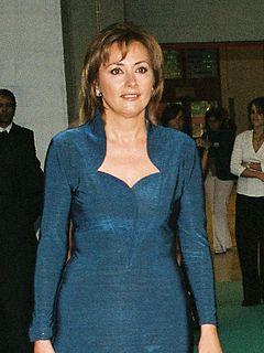 Cristina almeida em de danccedila natildeo tem nada viacutedeo que foi excluiacutedo pelo youtube funk xereca rosinha - 5 4