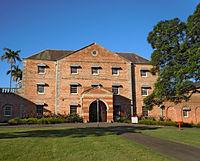Western Sydney University - Wikipedia