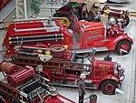 Feuerwehrwagen Überblick (37608804266).jpg