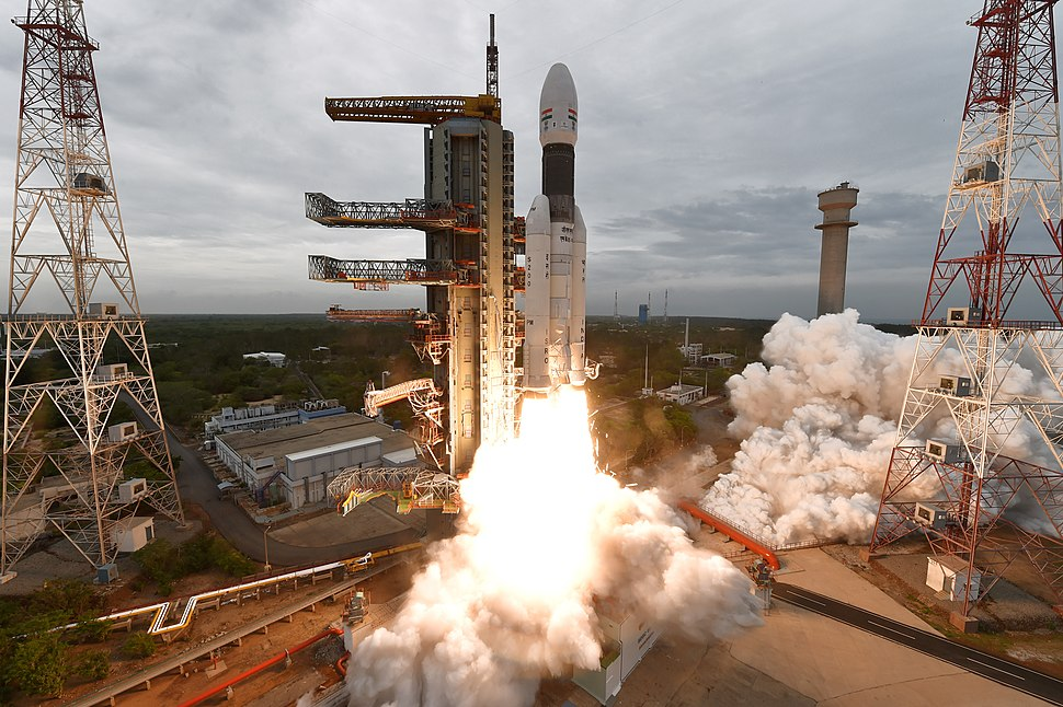 GSLV Mk III M1, Chandrayaan-2 Lifting off 01