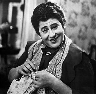 Dialect comedy - Gertrude Berg of The Goldbergs 1929