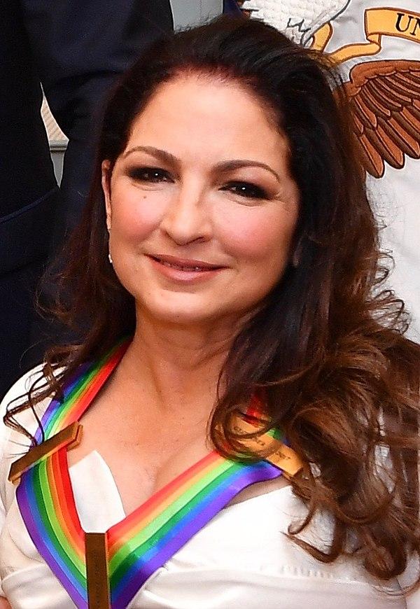 Photo Gloria Estefan via Wikidata