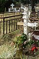 Grabkreuz mit Nägeln.jpg