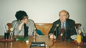 Karl Dedecius - Dedecius in conversation with journalist Alina Perth-Grabowska, 1995