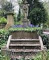 Grave of Henry Lee FRCS in Highgate Cemetery.jpg