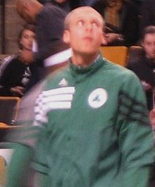 Greg Stiemsma warms up.jpg