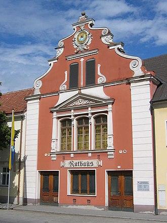 Groß-Enzersdorf - Image: Gross Enzersdorf Rathaus