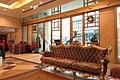 HK 西營盤 Sai Ying Pun 華大盛品酒店 Best Western Plus Hotel Hong Kong 香港華美達酒店 Ramada lobby interior sofa furniture Dec-2017 IX1 03.jpg