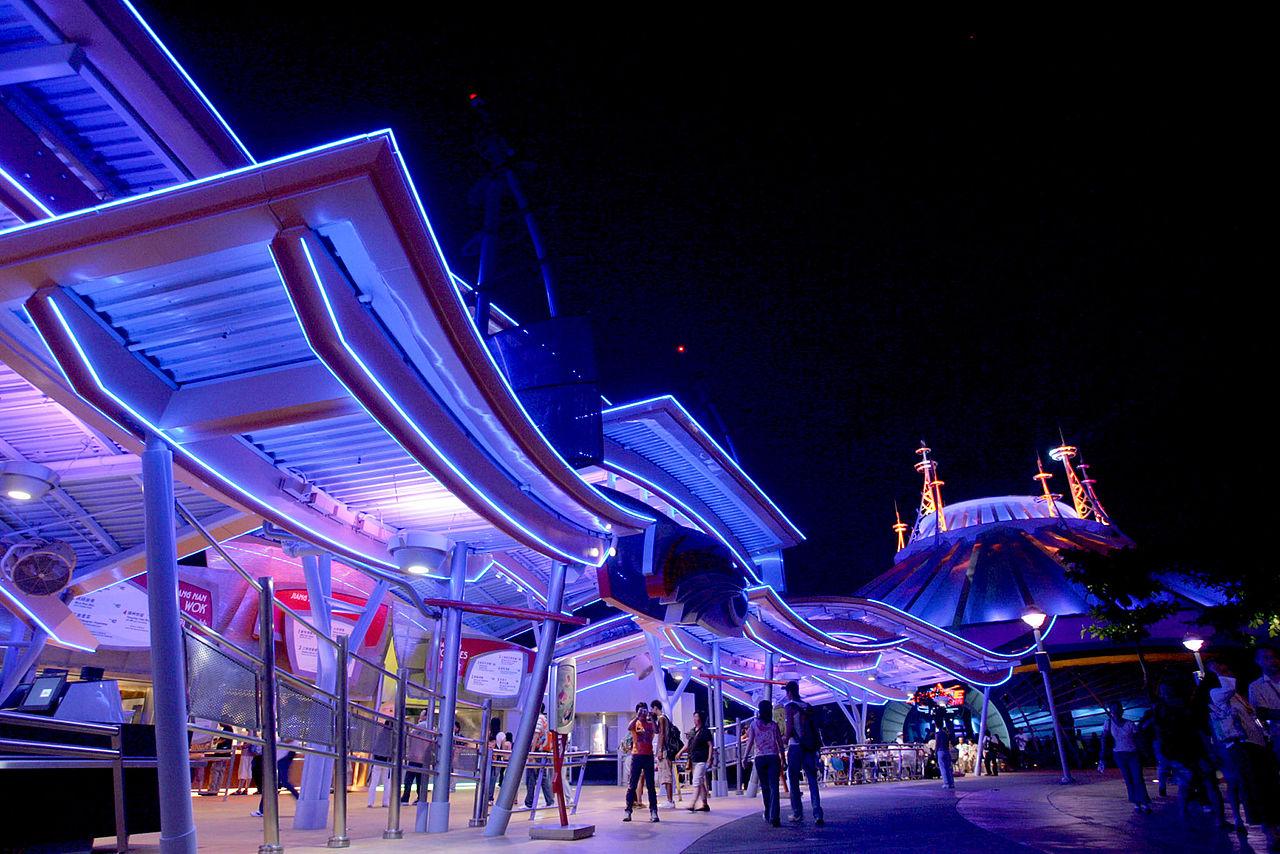 50 Fun Photos of Disneyland in Lantau Island, Hong Kong ...