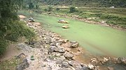 Ha Giang rivers between the mountains in 2014 04.jpg