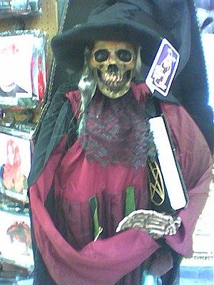 Halloween Superstore 02