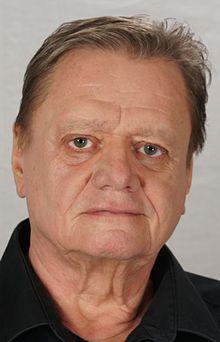 Hans Georg Nenning httpsuploadwikimediaorgwikipediacommonsthu