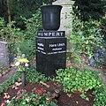 Hans Ulrich Humpert -grave.jpg