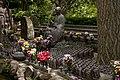 Hasedera temple in Kamakura (2575941825).jpg