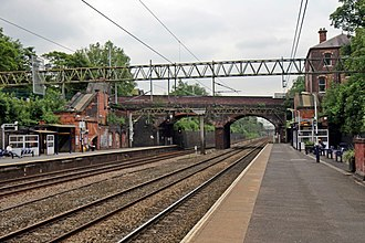 Heaton Chapel railway station - Image: Heaton Chapel railway station (geograph 4005068)