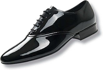 Patent leather - A men's black patent leather shoe