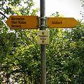 Hiking Sign Berneck Fauenholz.jpg