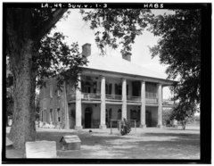 Historic American Buildings Survey Richard Koch, Photographer August, 1936 FRONT ELEVATION FACING SOUTHWEST - Chretien Point Plantation, Sunset, St. Landry Parish, LA HABS LA,49-SUN.V,1-3.tif