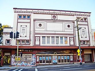 Modern ruins - Image: Homebush Cinema