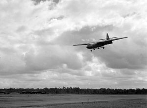 Horsa glider landing in Cornwall on way to Africa 1943.jpg