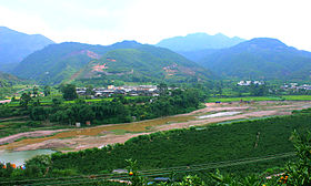 Huaxi River in Huaning County.jpg