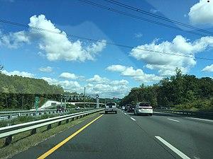 Virginia HOT lanes - Reversible HOT lanes on I-95 in Dumfries