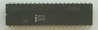 General-purpose input/output - Image: Ic photo Intel D8255