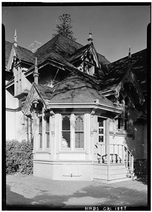 J. Mora Moss House - Jack E. Boucher's 1960 HABS photograph of the home's southwest corner detail