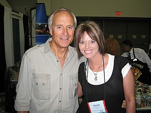 Jack Hanna - Jack Hanna poses for a photo with Skulls Unlimited International's Michelle Hayer.