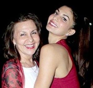 Jacqueline Fernandez - Fernandez with her mother in 2016