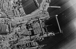 KH-11 Kennen -  KH-11 image of the construction of a Kiev-class aircraft carrier, as published by Jane's in 1984.