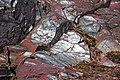 Jaspilite banded iron formation (BIF) (Negaunee Iron-Formation, Paleoproterozoic, 1.874 or 2.11 Ga; Jasper Knob, Ishpeming, Michigan, USA) 177 (48069790486).jpg