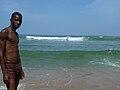 Jeune Néyo au bord.jpg