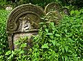 Jewish cemetery Ozarow 3.jpg