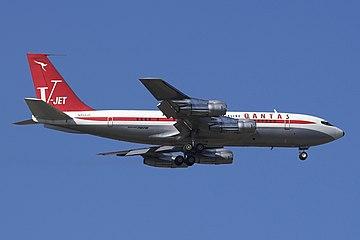John Travolta Qantas B707 N707JT.jpg