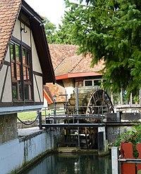 Königshofen Tauber water wheel 81.jpg