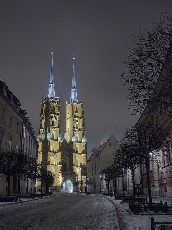 Cathédrale de Wroclaw, la nuit et sous le neige - Photo de Jar.ciurus
