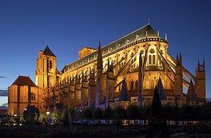 Kathedrale Saint-Etienne von Bourges bei Nacht